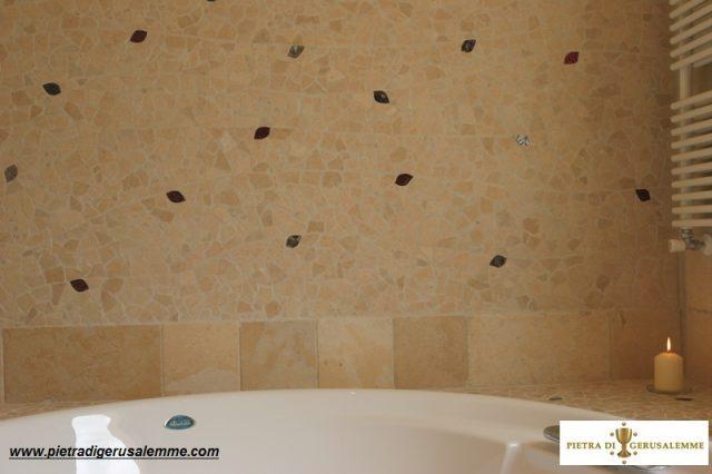 Mosaico in pietra bagno